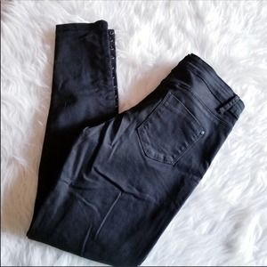 LIRA Pants Mid Rise Lace Up Ankle Skinny